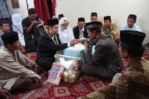 pernikahan erva kurniawan dan titiki rahayunings