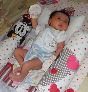 Gambar Bayi Perempuan Baru Lahir Cantik Gambar Bayi
