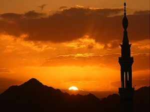 siluet-masjid-nabawi